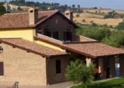 Casale Colle San Giovanni per Vacanze in Campagna tra gli Ulivi